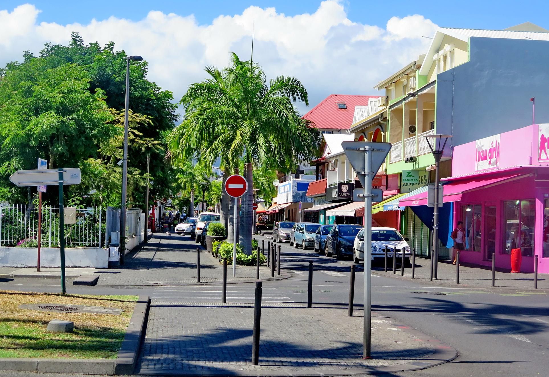 [Vie des ports] Les ports de la Réunion - Page 9 292014floral310