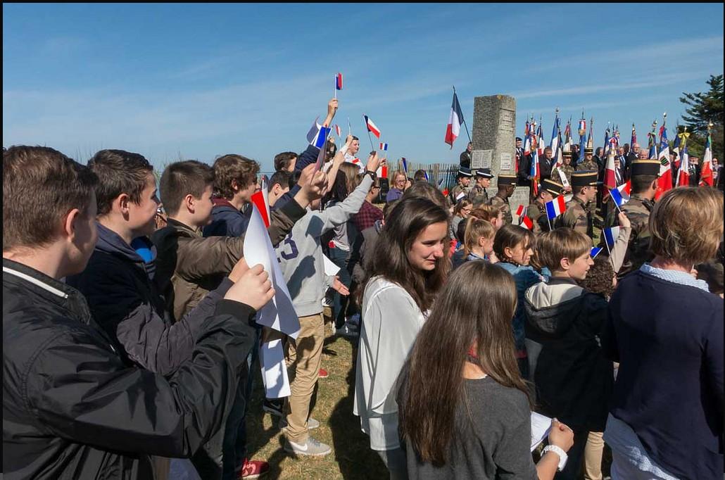 [ Histoire et histoires ] 27 mai Journée Nationale de la Résistance 293465Drapeaux