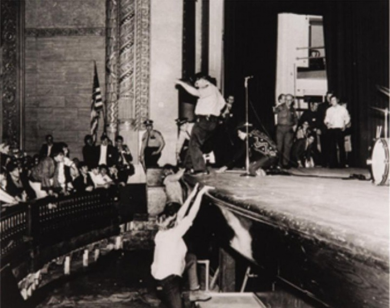 Cleveland (Public Music Hall) : 26 mars 1968 [Premier Concert] 29439419680326Clevelandshow0106