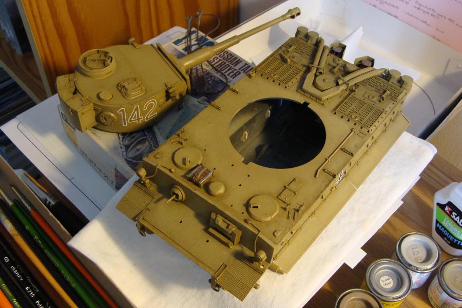 Tigre I - Tamiya ref 35156 - 1/35 - Page 3 294952DSC05193