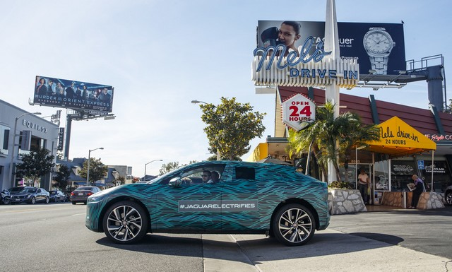 Le Jaguar I-PACE en road trip électrique à Los Angeles 296110jipaceroadtrip061217029