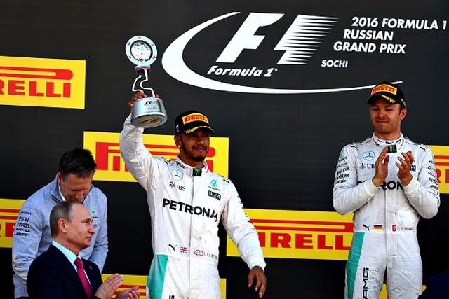 F1 GP de Russie 2016 : Victoire de Nico Rosberg 2981452016VladimirPutinKevinTaylorLewisHamiltonNicoRosberg