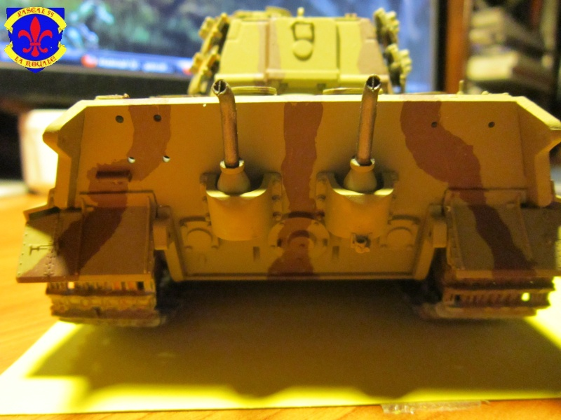 Sd.Kfz.182 King Tiger à tourelle Henschel de Dragon au 1/35e par pascal 94 298893IMG1173L