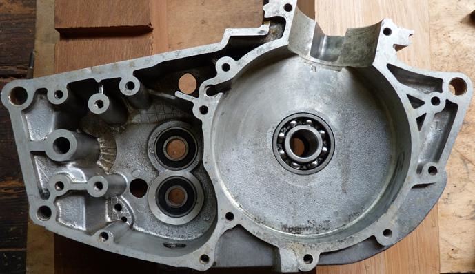remontage d'un bas moteur d'une 125 TS 2989916619