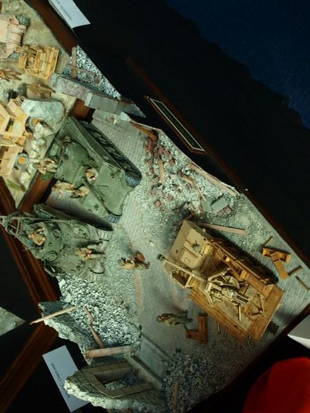 Expo maquette Hyeres le 10 et 11 octobre - Page 3 301307PA106743Copier