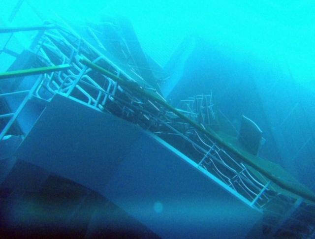 Naufrage du Costa Concordia, dérive du Costa Allegra, la série noire de COSTA !!! - Page 3 301809215