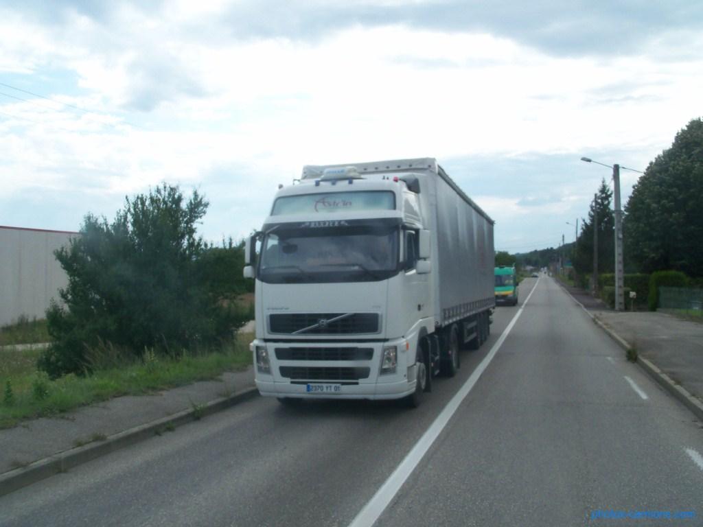 Transports Astr'in (Saint Vulbas 01) 304501photoscamions10Mars20121Copier