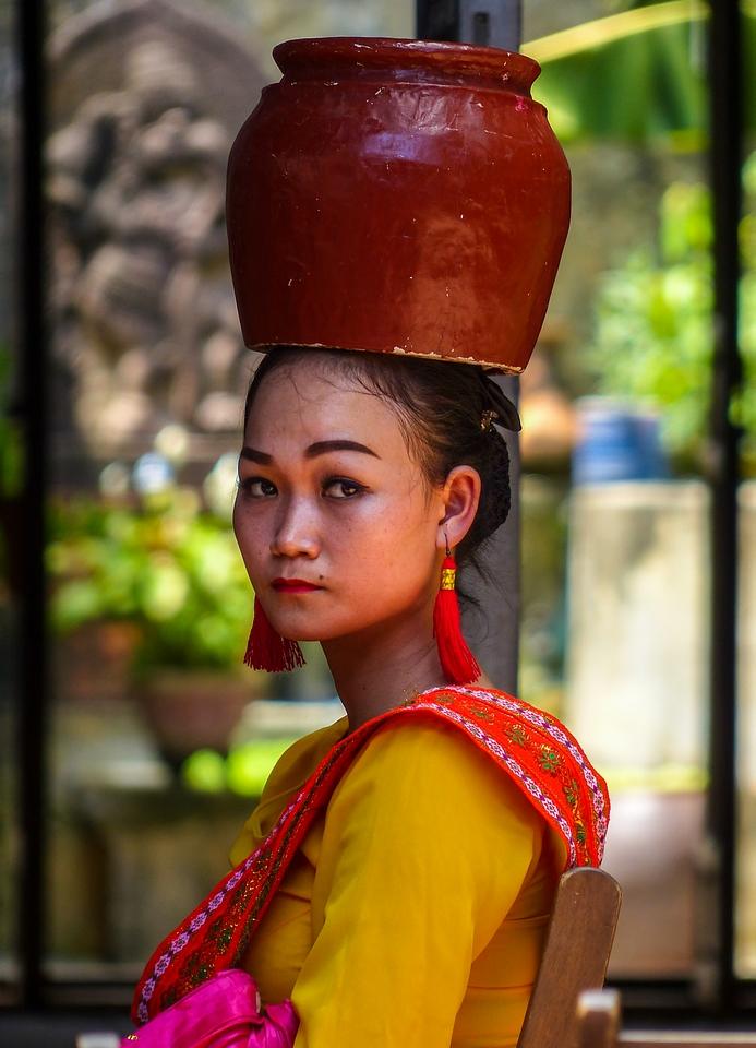 """ssss' Kiss Me ...""  Vietnam / Cambodge - Page 3 304505P128047712"