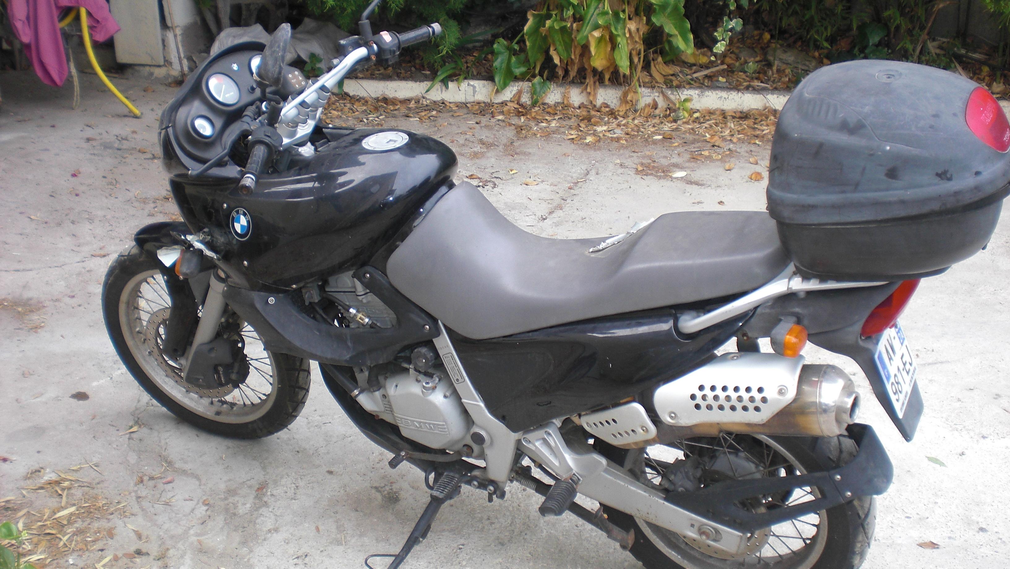 La voilà, la F 650 made in Corsica 307233CIMG9058