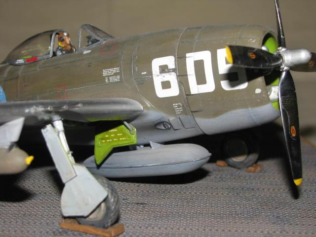 Restauration P-47 Lt Raymond Knight 1/48 Monogram  310499IMG6080