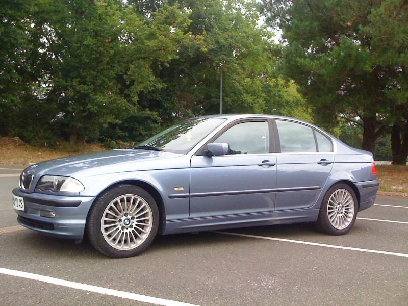 Nouveau BMW X1 xDrive 20d 190ch  - Page 3 316335Photo001