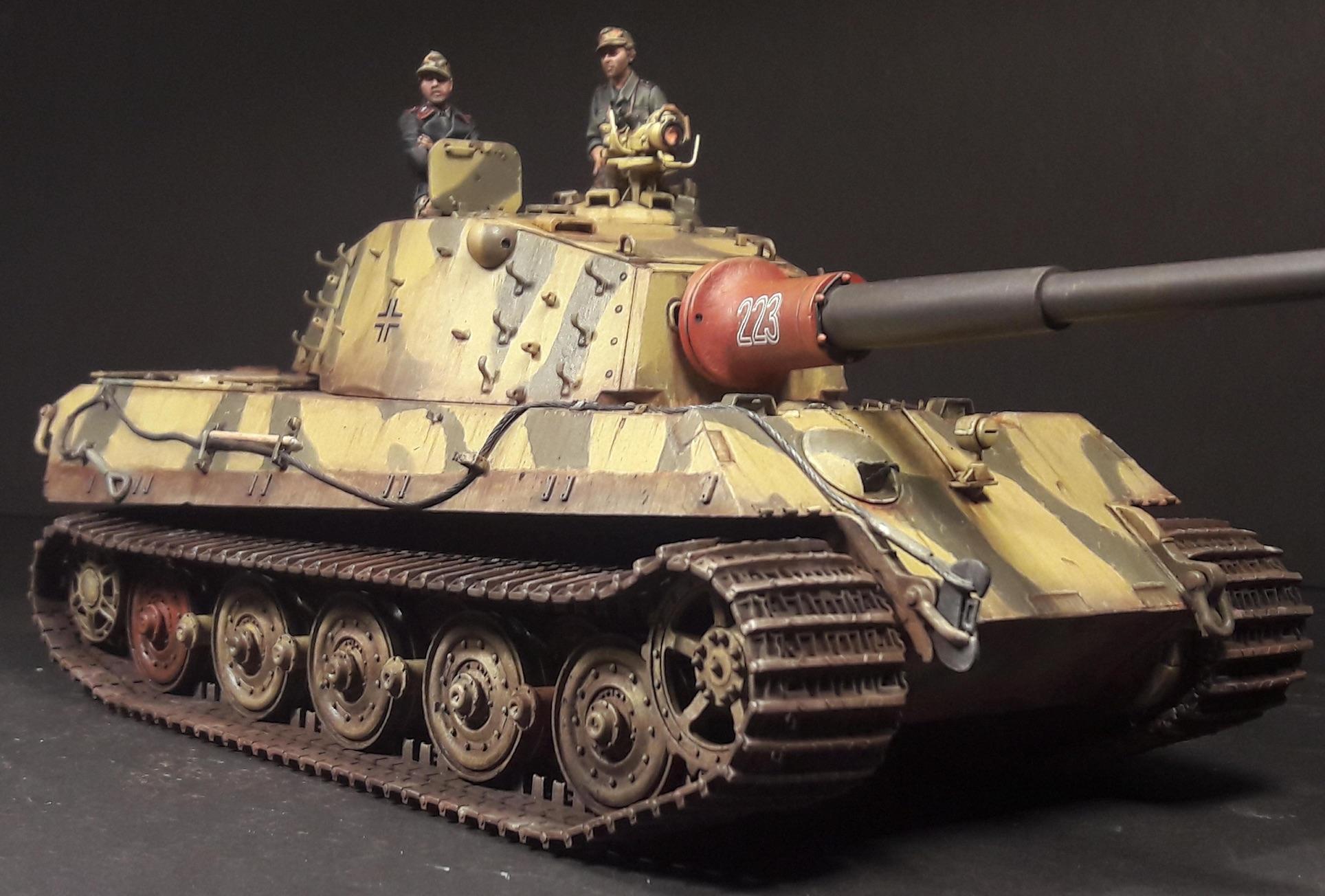 "King Tiger Ammo ""What If"" - Page 2 316730KTigerFrontRightClose"