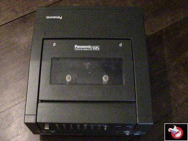 Caméra Panasonic PK-750 et VCR Portable NV-8410 31736116