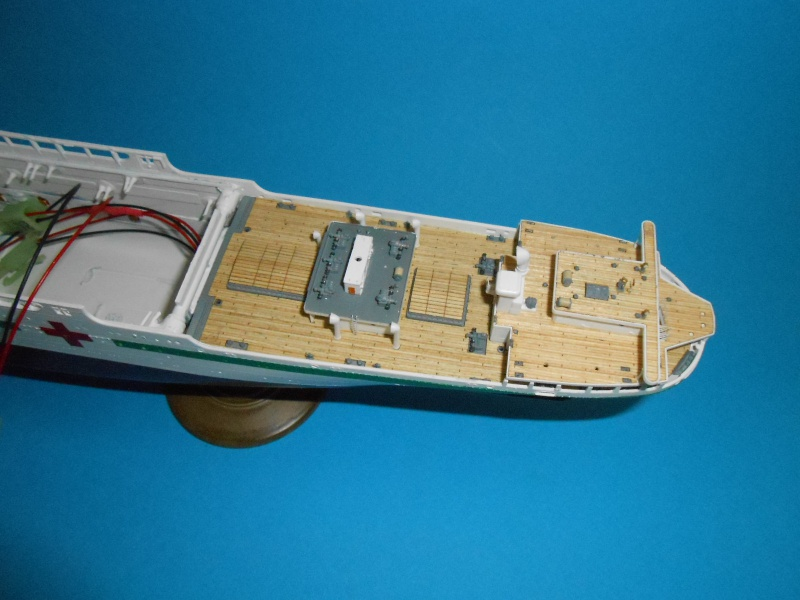 Hikawa Maru hopital 1/350 PE/pont en bois et babioles  - Page 6 318665DSCN5858