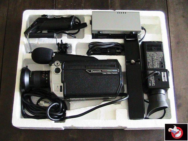Caméra Panasonic PK-750 et VCR Portable NV-8410 31883903