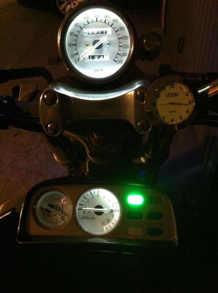 Ampoules compteur 321354IMG2009