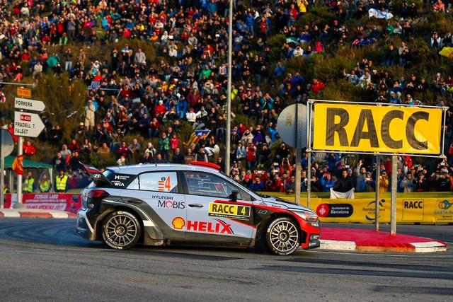 Rallye d'Espagne : Hyundai Motorsport signe son second double podium de la saison 2016  32372714682192