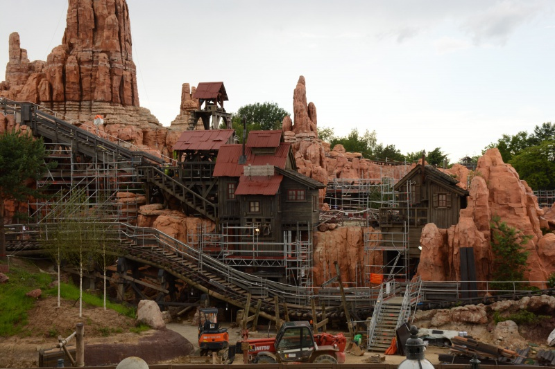 Big Thunder Mountain - Réhabilitation [Frontierland - 2015-2016] - Page 37 326301Disney220616042