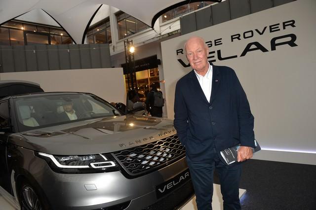 Le Range Rover Velar s'est dévoilé sur les toits de Paris 327124corpo0040