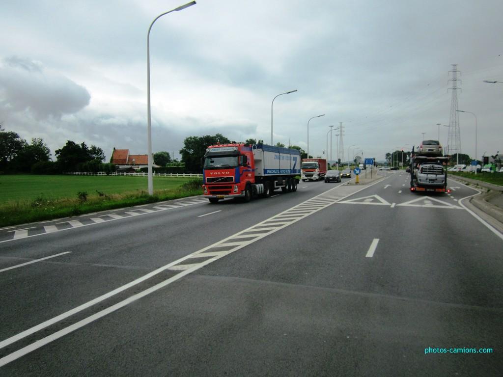 Zwart Transport (Sprang-Capelle) 327811photoscamions13juillet2012017Copier
