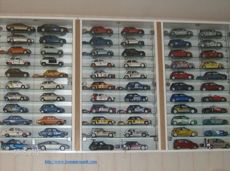 Voici ma collection de miniatures Renault  - Page 2 3303072902