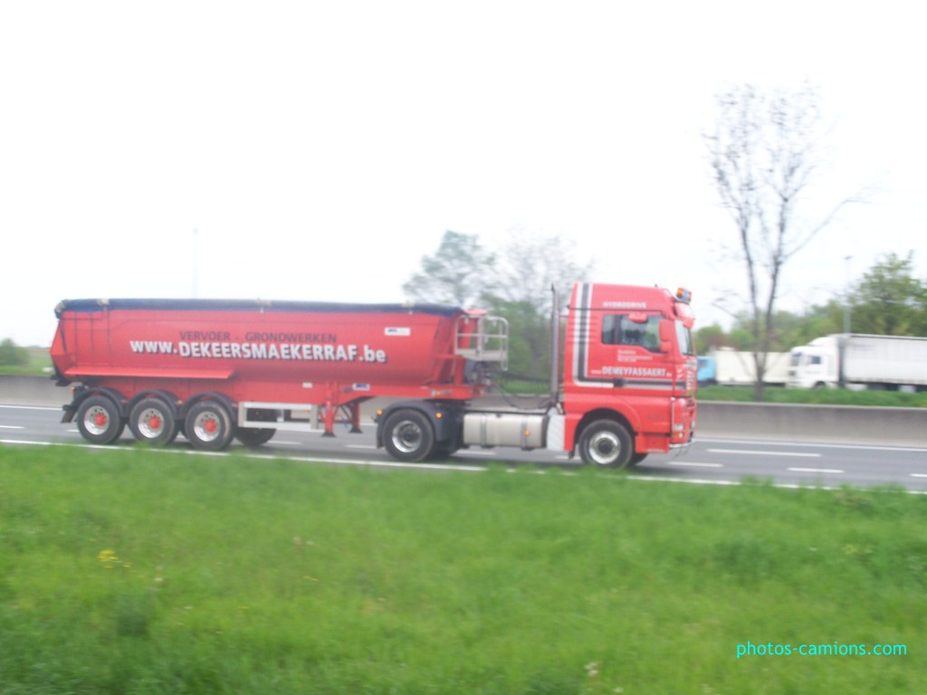 Raf De Keersmaeker  (Vrasene) 330447photoscamions7mai201254Copier