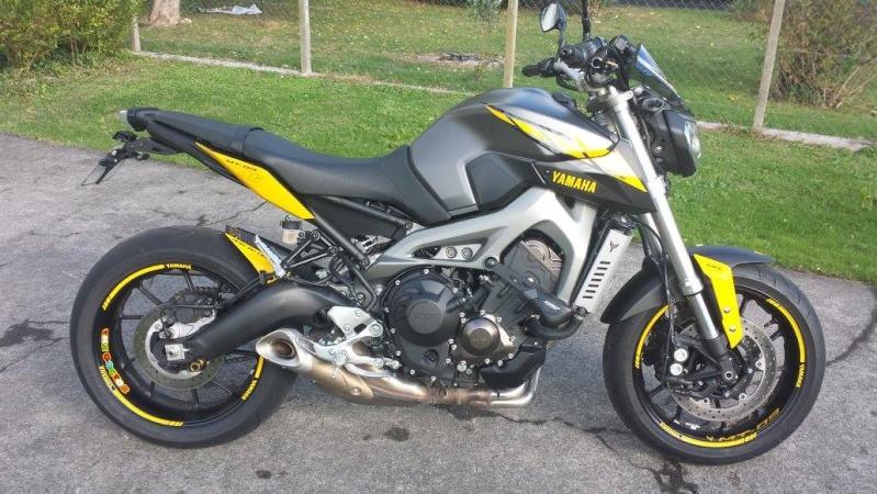 Photos de toutes les Yamaha MT-09 du forum ! :) 331061YStefjack