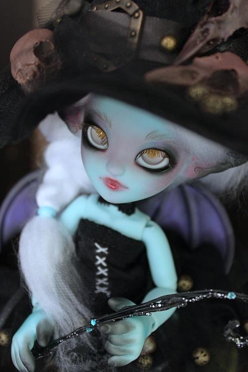 Nouvelle tenue pour ma petite Frost (Butterfly) p7 332233Hollow11