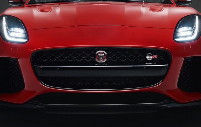 Lancement De La Nouvelle Jaguar F-TYPE Dotée De La Technologie GOPRO En Première Mondiale 335178jaguarftype18mysvrconvertiblestudioexteriordetail10011702