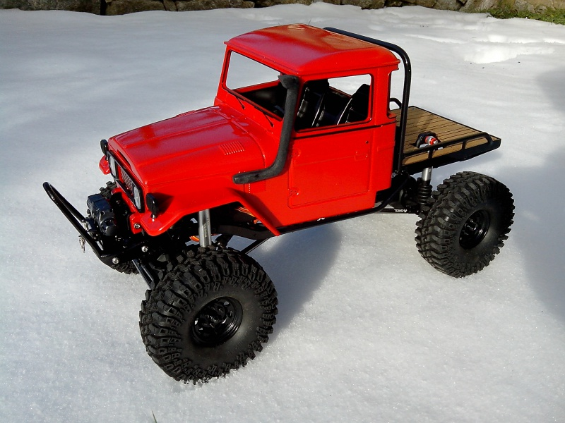 BJ40 JOUSTRA sur chassis SCX10 - Page 3 335699IMG20130122112313
