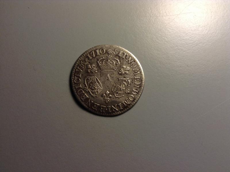 1/10 d'écu aux 3 couronnes de Louis XIV, 1710 A (Paris) 337447IMG1295
