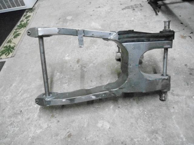 bras oscillant de 1100 ZZR pour GPZ900R 340072DSC01507