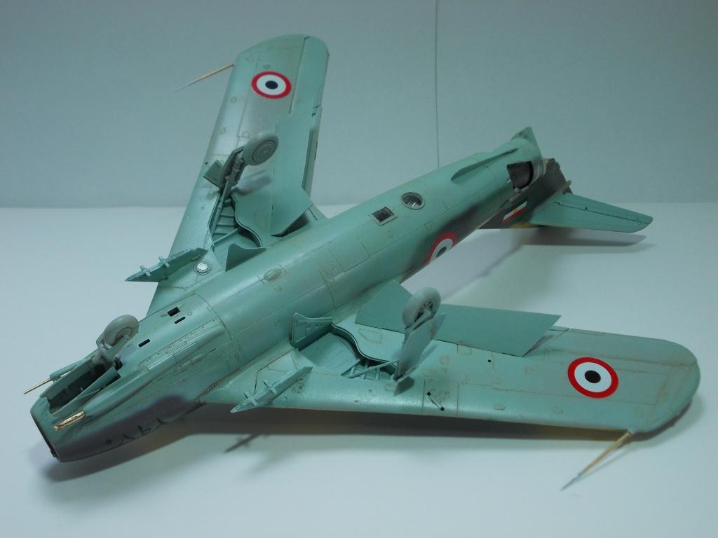 MiG-17 F Fresco C ( Hobby Boss 80334) 1/48 ... 34120221