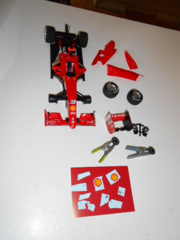 Ferrari  F60  de Tamiya au 1/20° 341387f60006