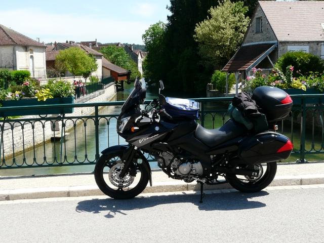 SUR LA ROUTE DES COUPES MOTO LEGENDE 27 ET 28 MAI 2012 346786004