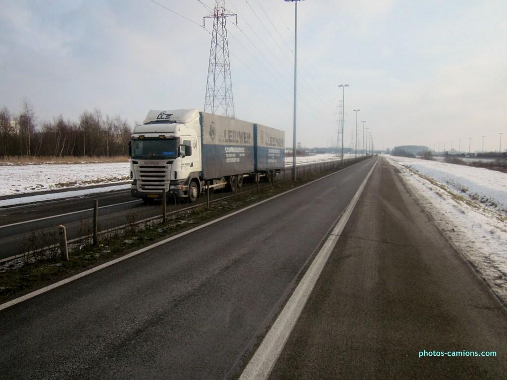 Van Leeuwen (Oosterhout) 347479photoscamions25I2013152Copier