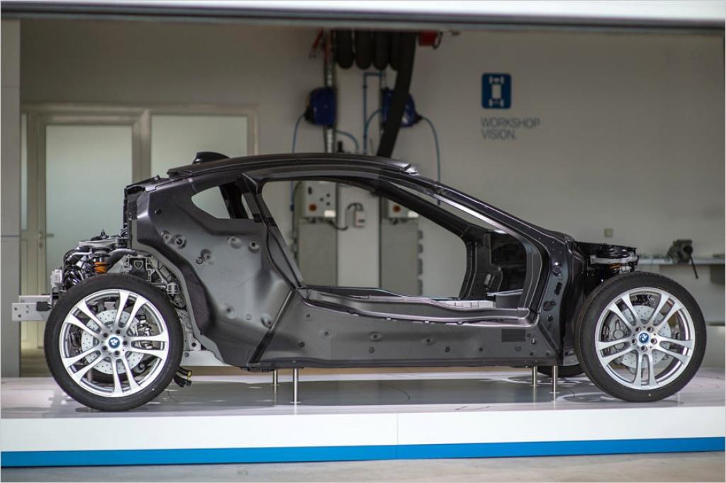 2013 - [BMW] i8 [i12] - Page 10 348729image