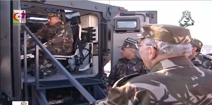 الصناعة العسكرية الجزائرية ... مدرعات ( فوكس 2 ) - صفحة 3 349485424