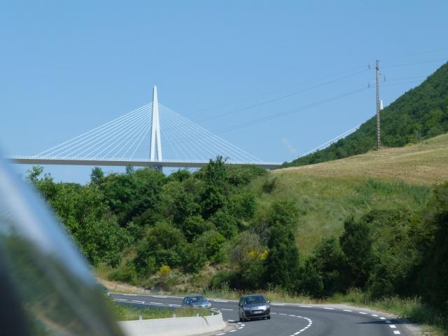 CR (Photos & Vidéo)  : TSO : 06-07/06/15 Sortie au Viaduc de Millau & environs 349830P1180495