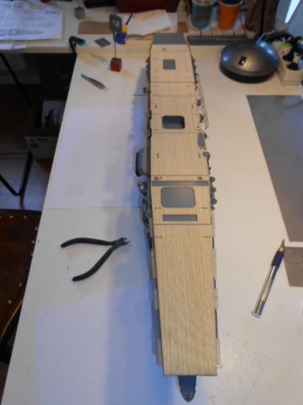 PA AKAGI 1/350 de chez Hasegawa PE + pont en bois par Lionel45 - Page 5 351435akA009