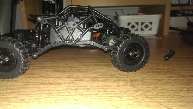Mini Crawler Bacher Rocksta 1/24 353043IMAG2250