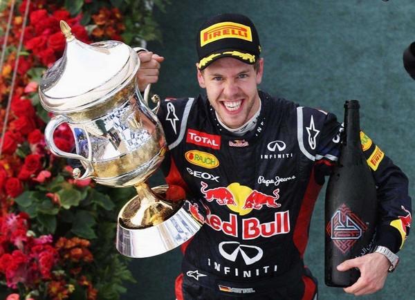 F1 GP de Bahreïn 2012 : Victoire Sebastian Vettel 3545632012sebastianvettel