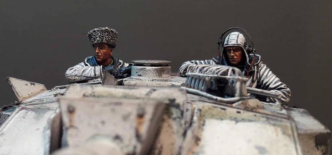 StuG.III Ausf.F/8 late production w/Winterketten - 1/35 - Page 3 356502StugCrew1