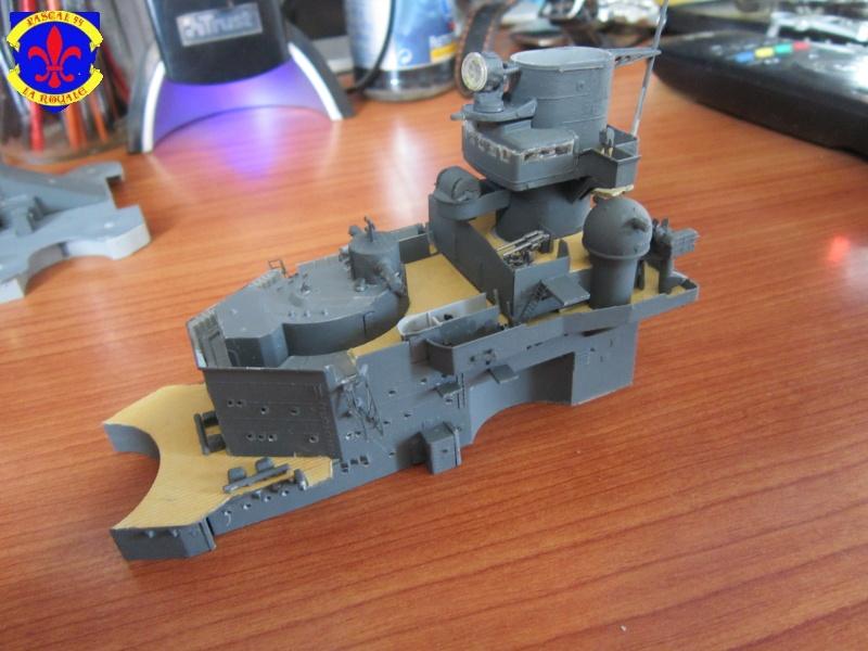 Croiseur de bataille Scharnhorst  au 1/350 de dragon - Page 5 357826IMG1317L