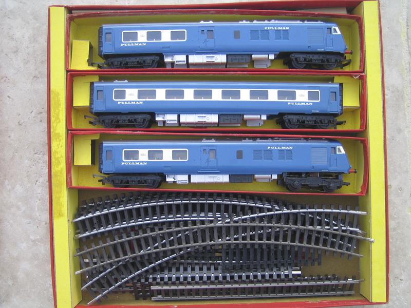 Vieux modèles ferroviaires Ho - Page 2 358930Ferrov201603292