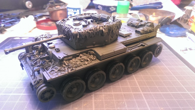 A 27 CROMWELL Mk IV Tamiya 1/35 et A34 COMET BRONCO 1/35 - Page 3 363737IMAG2344