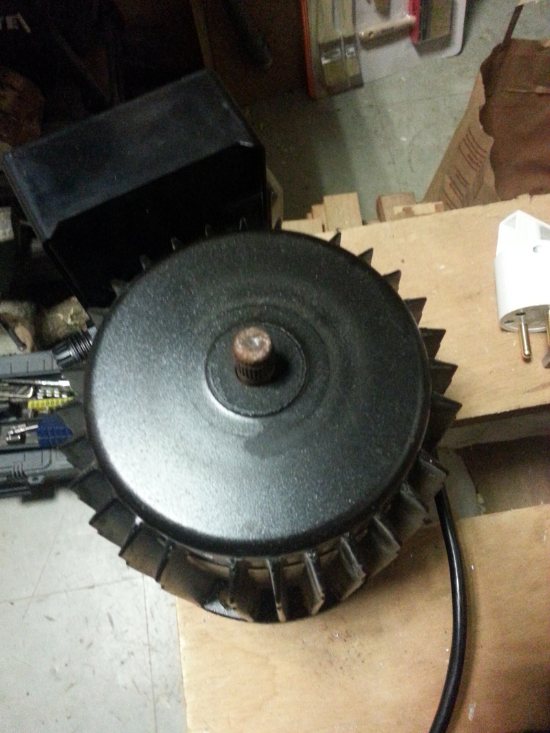 moteur bruyant 36437520150310222807small