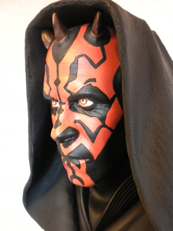 Sideshow - Darth Maul - Legendary Scale Bust 368082DSCN5243