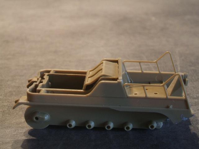 SdKfz 2 Kleines Kettenkraftrad [TAMIYA] [montage terminé] avec remorque transport de bombes [scratch] [terminé] 369605DSCF6845