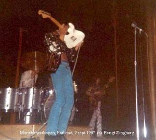 Karlstad (Mariebergsskogen) : 9 septembre 1967 [Second concert] 369709page5871011full